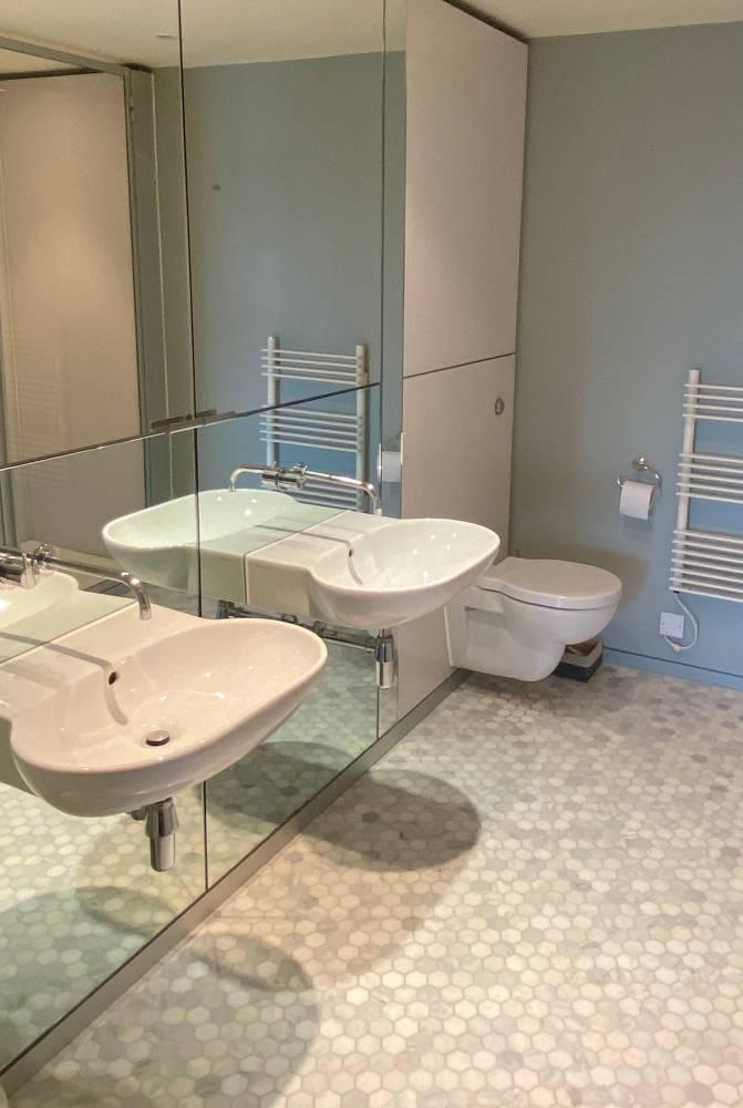 23-Bathroom-2-IMG_9392